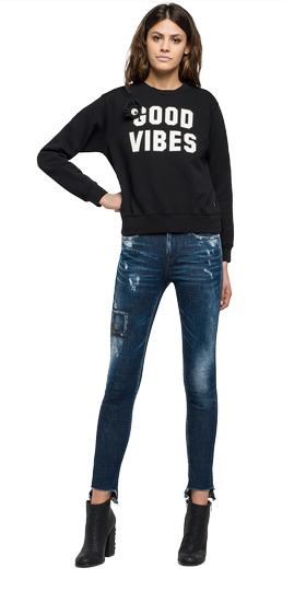 Sweatshirt with faux fur patch w3971 .000.21842