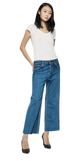 /us/shop/product/basinkim-cropped-jeans/3644