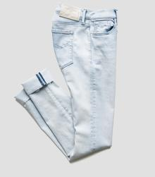 /ca/shop/product/joi-jeggings/5201