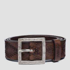Unisex Leather belt with geometrical engravings