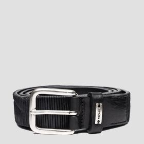 Belt in patterned striped leather