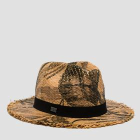 Wide-brimmed hat with ribbon