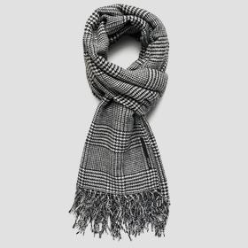 Wool blend scarf with glen plaid pattern