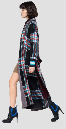 Oversized cardigan with checked pattern