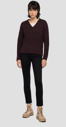 Crop sweater with tricot pattern