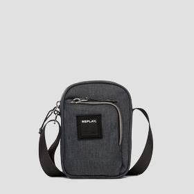 Shoulder bag with pocket