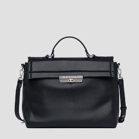 /fr/shop/product/sac-port-main-en-simili-cuir/9776