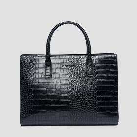 Shopper bag with crocodile effect