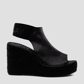 /us/shop/product/women-s-tyne-wedges/10745