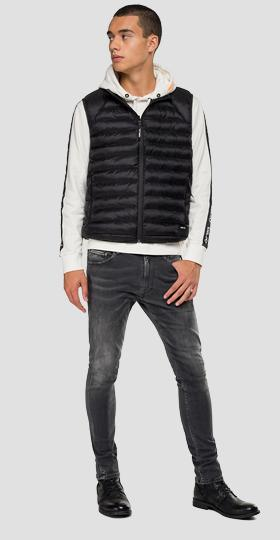 Zipped down vest