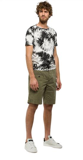 Solid stretch cotton bermuda shorts m9565 .000.80623g