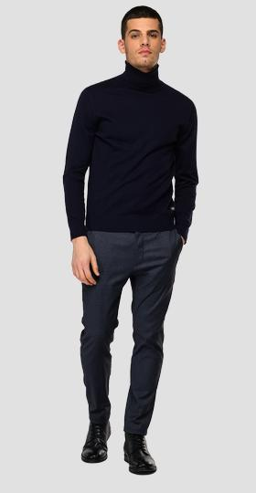 Essential Turtleneck pullover in cotton and cashmere