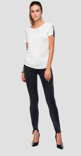 T-shirt with stripes on the sleeves