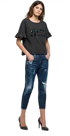 T-shirt with ruffles and tassels w3961 .000.22038