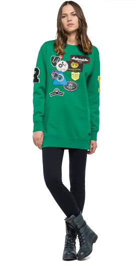 Long printed sweatshirt with patch details w3976 .000.21842