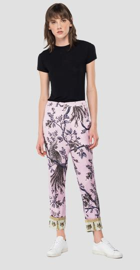 Stretch viscose trousers with all-over print
