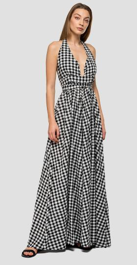 Long dress with gingham pattern