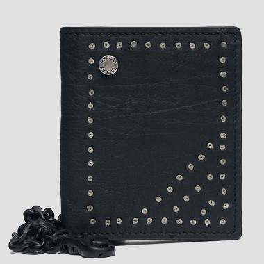 Leather wallet with studs and chain - Replay FM5172_000_A3003D_098_1