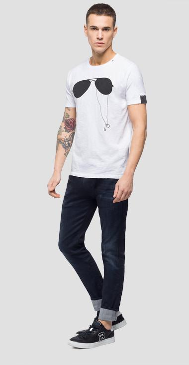 T-shirt with sunglasses print - Replay M3747_000_22336G_001_1