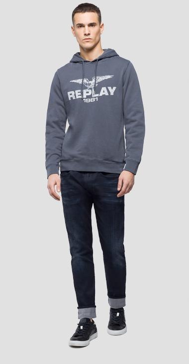 Hoodie with eagle logo - Replay M3815_000_22390W_392_1