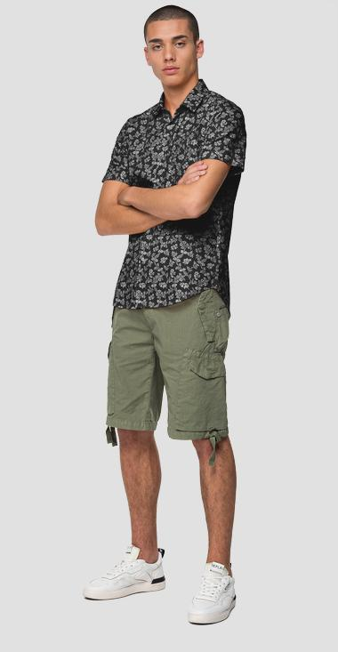 Short-sleeved floral shirt - Replay M4027_000_71984_020_1
