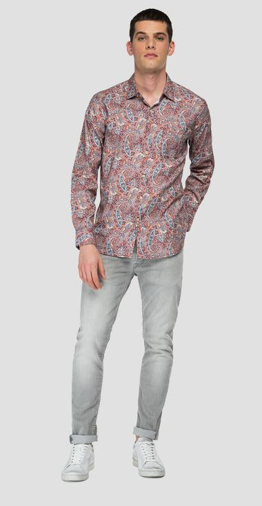 Shirt with all-over paisley print - Replay M4052_000_73494_010_1
