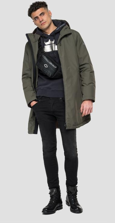 Mid weight recycled jacket with hood - Replay M8172_000_84162_432_1