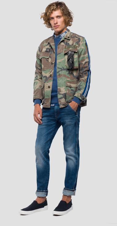 Jacket with camouflage print - Replay M8978_000_71638_010_1