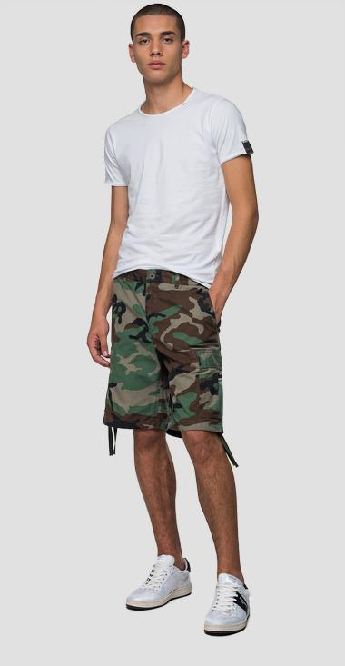 Bermuda shorts with camouflage print - Replay M9697_000_72038_010_1
