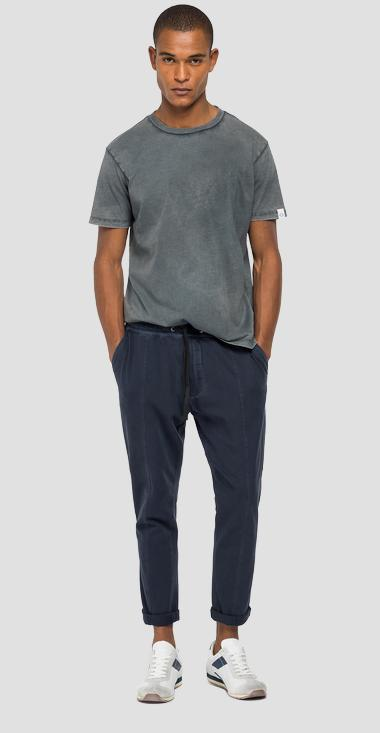 Jogger pants in jersey with pockets - Replay M9752_000_23102G_890_1