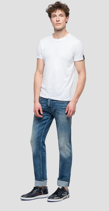 Straight tapered fit Rob jeans - Replay MA950_000_573-584_009_1