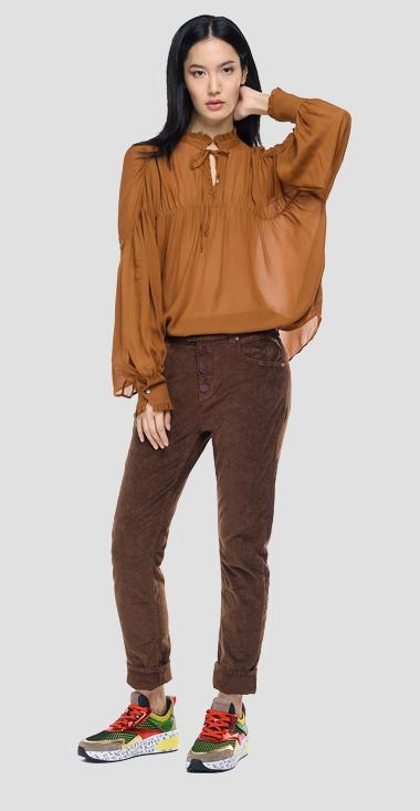 Shirt in solid-coloured pleated georgette - Replay W2066_000_83350_116_1
