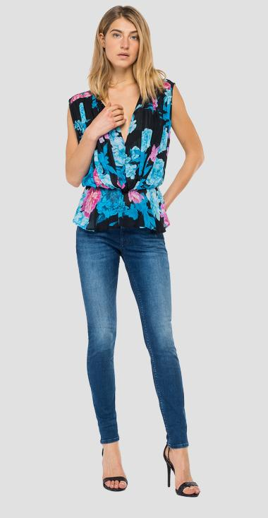 Georgette cami top with all-over floral print - Replay W2335A_000_73362_010_1
