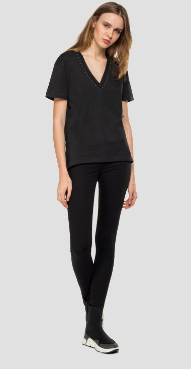 V-neck t-shirt with micro studs - Replay W3239_000_22038P_099_1