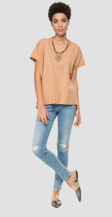 T-shirt with necklace and pendants - Replay W3302_000_22832P_647_1
