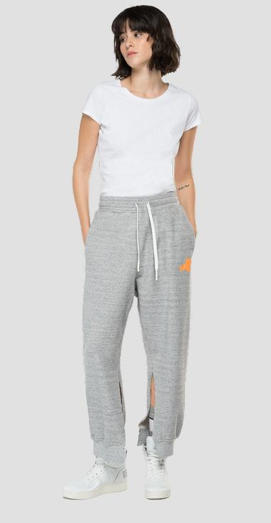 Pantaloni jogger REPLAY THE FORTY YEARS - Replay W8002A_000_22664_M15_1
