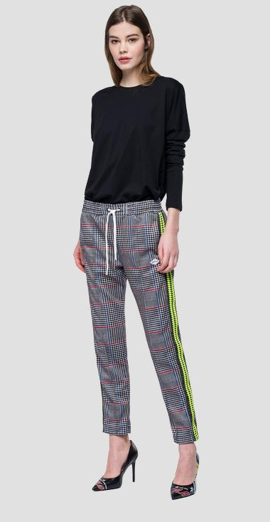 Sporty checked trousers - Replay W8798C_000_71862_010_1
