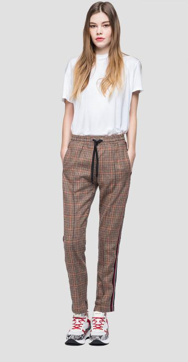 Sporty checked trousers - Replay W8873_000_52180_010_1