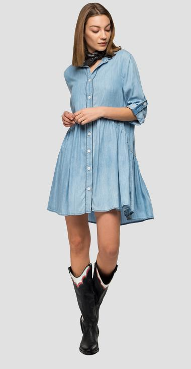 Kurzes Kleid aus Denim in Used-Optik - Replay W9648_000_54C-673_009_1