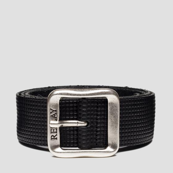 Belt with embossed pattern with squares am2592.000.a3007