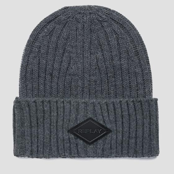 Solid-coloured ribbed beanie am4237.001.a7003