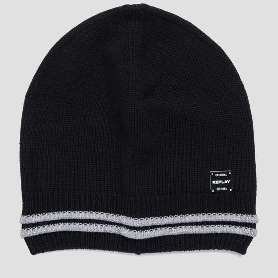 Beanie with striped edge REPLAY am4238.000.a7059