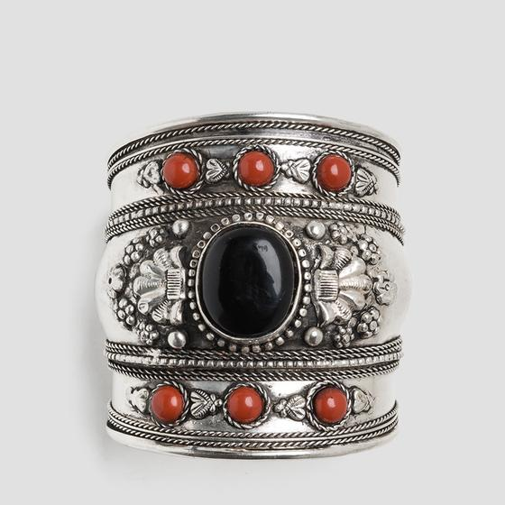 Metal bangle with stones aw7150.000.a6003