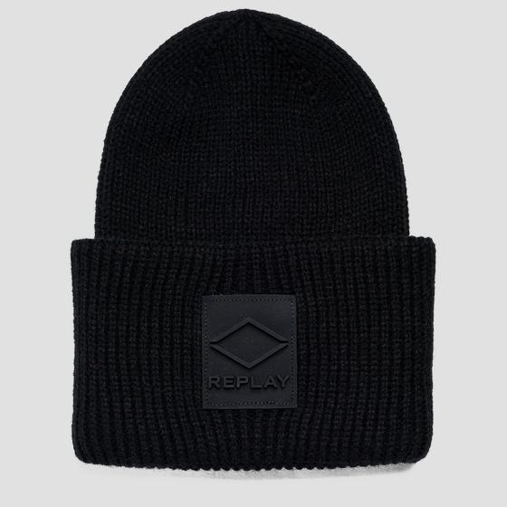Solid-coloured knitted beanie ax4300.000.a7003
