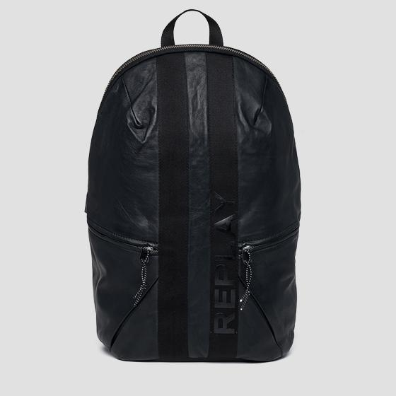 Leather backpack with geometrical cuts fm3422.000.a3176