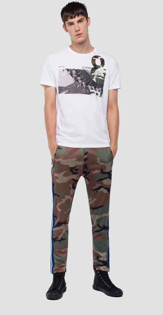 T-shirt with print and camo detailing m3733 .000.2660