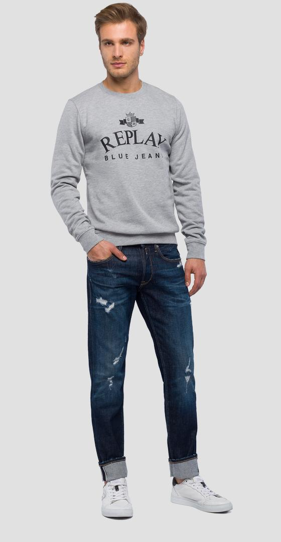 Crewneck sweatshirt with emblem m3795 .000.21842