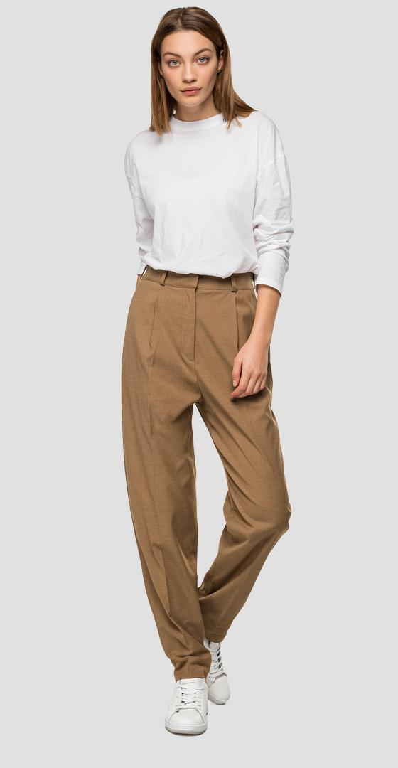 High-waisted trousers with pockets w8504 .000.50581