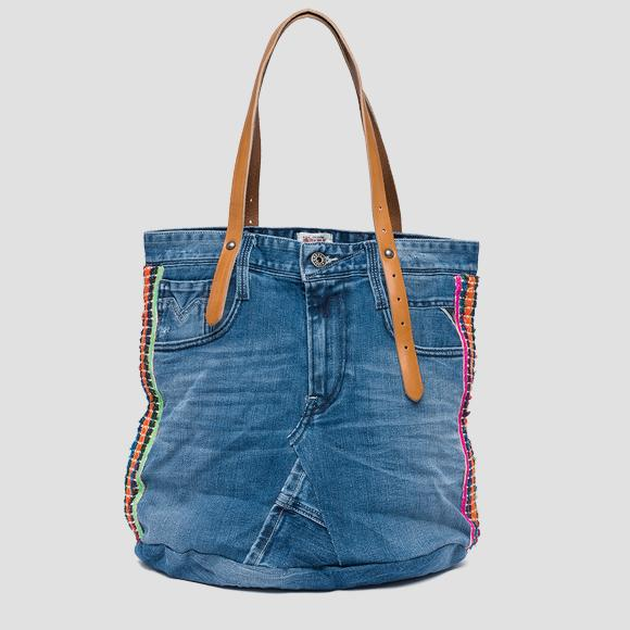 Exclusive bag in re-worked jeans - Replay FW3637_007_A0181A_901_1
