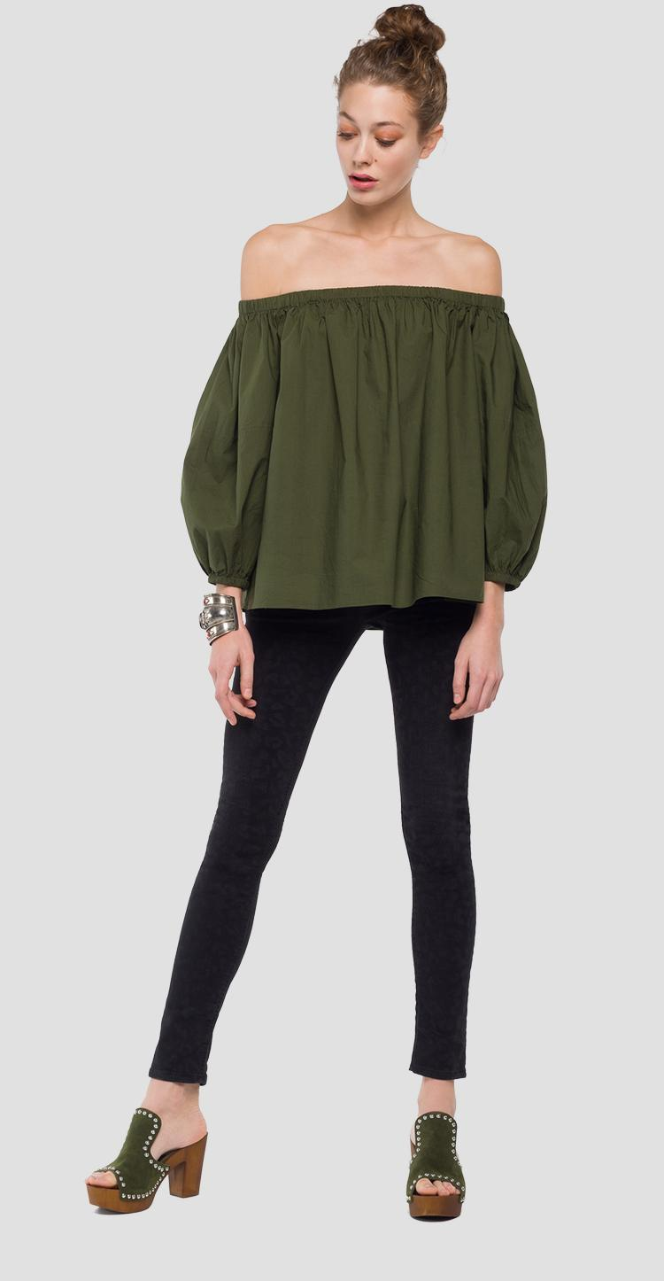 Blouse with bare shoulders w2215 .000.82736